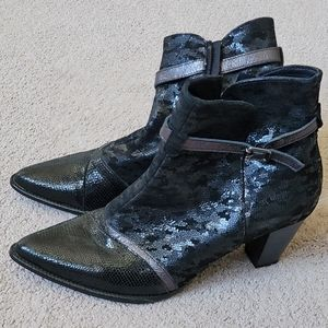NEW Artika Soft Leather Ankle Boots